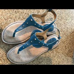 BORN BOC blue T Strap women's sandals comfortable!
